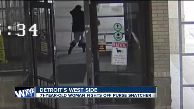 71-year-old woman fights off purse snatcher