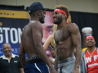 Hurd KOs Harrison in 9th round for vacant title