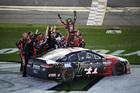 Kurt Busch wins Daytona 500 for Stewart-Haas
