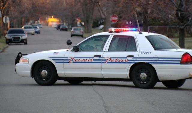 Man stuffed into trunk, shot, has vehicle stolen
