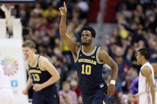 Walton: 'The better point guard won the game'