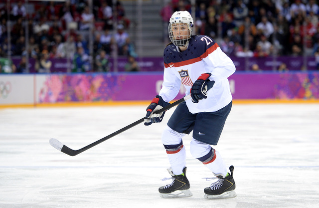 Women's hockey team, USA Hockey reach agreement, settling pay dispute