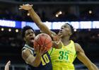 Oregon eliminates Michigan in Sweet 16