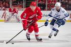 Kucherov, Lightning top Red Wings in overtime