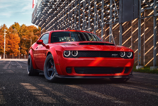 Photo gallery: Dodge Challenger SRT Demon