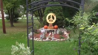 Stolen peace sign memorial owner asks for help