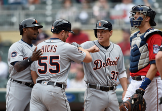 Hicks, Fulmer, Tigers rout slumping Twins