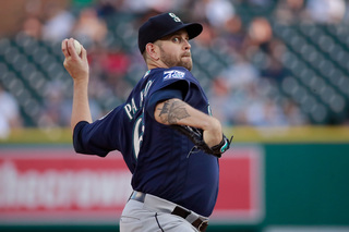 Paxton, Mariners cruise past Tigers