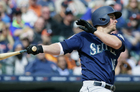 Mariners score in 9th to edge Tigers