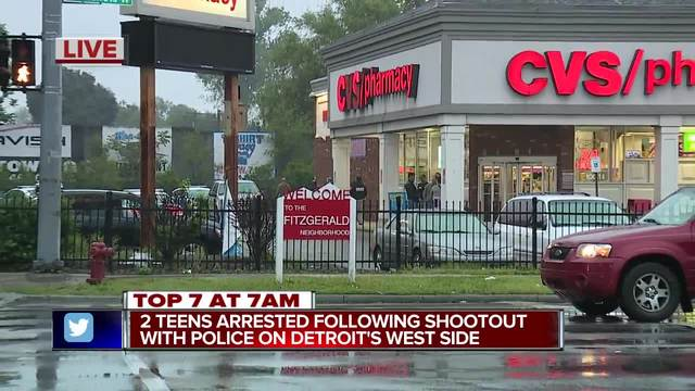 1 teen shot by police during attempted robbery