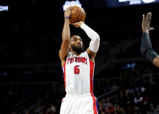 Pistons trade Darrun Hilliard to Rockets