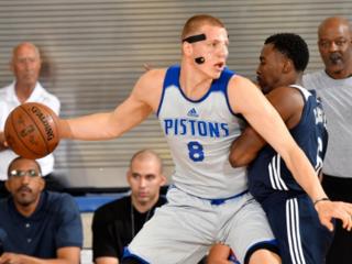 Thunder edge Pistons in Summer League opener