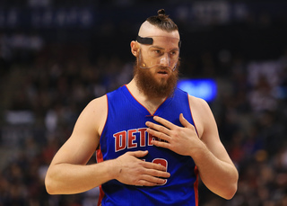 Report: Celtics sign Baynes to one-year deal