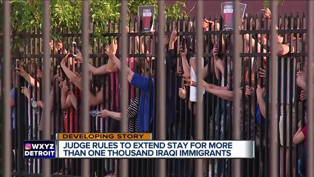 U.S. judge halts deportation of 1400 Iraqis
