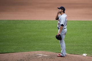 Orioles hit 5 HRs off Sanchez, rout Tigers