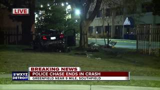 High-speed chase ends with crash in Southfield