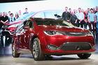 50K Chrylser minivans recalled for belt issues