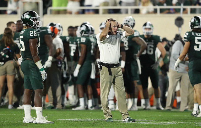 MSU blunders lead to loss to Notre Dame