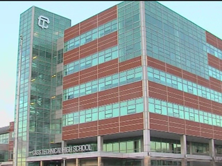 Cass Tech releases students due to strong odor