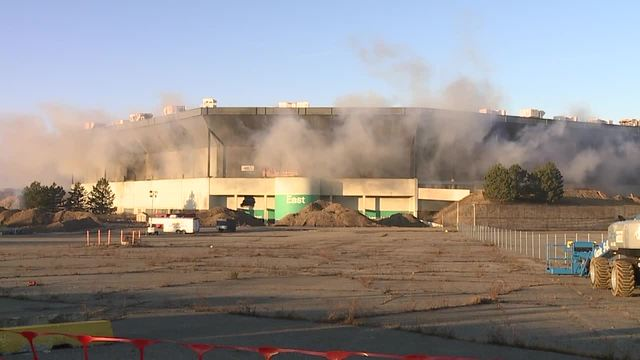 Watch the Pontiac Silverdome implosion
