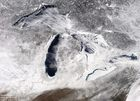 Photo shows total Great Lakes ice cover at 69%