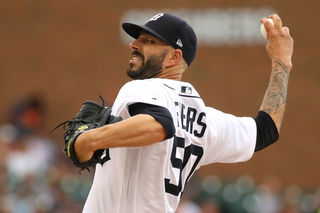 Tigers trade Mike Fiers to Athletics