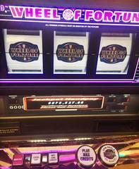 50-year-old man wins $875K at Detroit casino