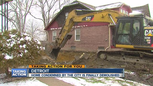 City Tears Down Detroit Blighted House That Was Falling Apart, Sending  Debris Onto Neighbors Home