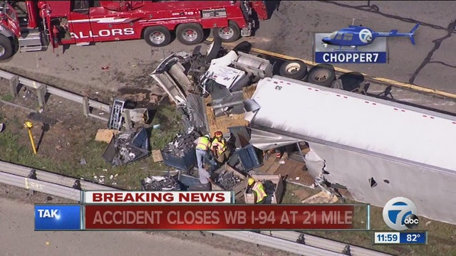 All Lanes Now Open After I 94 Crash In Chesterfield