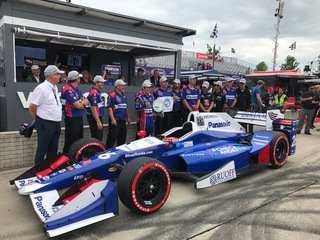 Takuma Sato gets pole for Dual in Detroit race 2