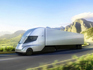 Meijer places order for Tesla electric semis