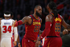 Cavaliers win 5th straight in rout of Pistons