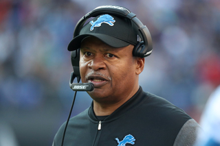 Lions, Bucs aim to salvage disappointing seasons