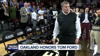 Oakland trainer Ford honored by former athletes