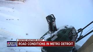 First big snowfall hits metro Detroit