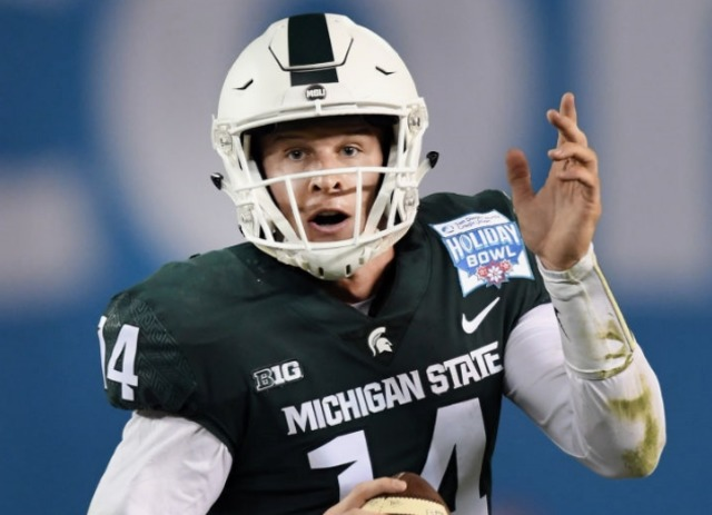 Michigan State now favored in Holiday Bowl against Washington State