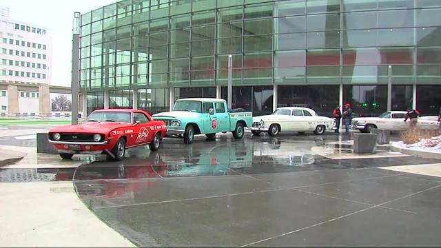 Classic Cars Roll Into Detroit To Kick Off Auto Show WXYZcom - Auto classic cars