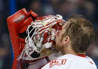 Lightning stars dominate as Red Wings lose