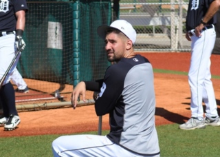 Move to right field suits Tigers, Castellanos