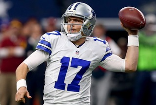 Moore moving from player to QB coach for Cowboys