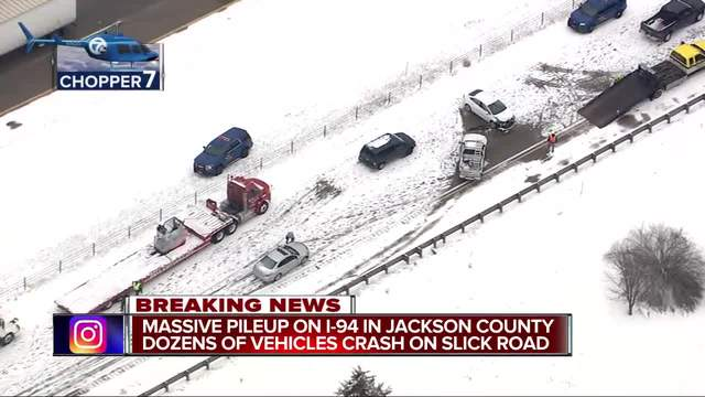 Multiple crashes close I-94 in Jackson Co
