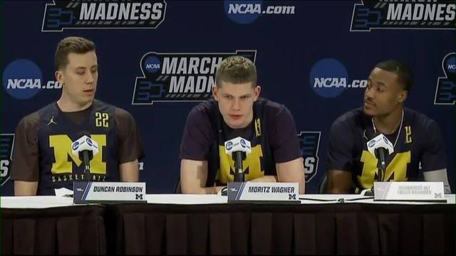 Poole's buzzer-beating sends Michigan past Houston, 64-63