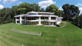 PHOTOS: Unique Franklin Mansion hits the...
