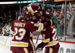 Minnesota Duluth beats Notre Dame for NCAA title
