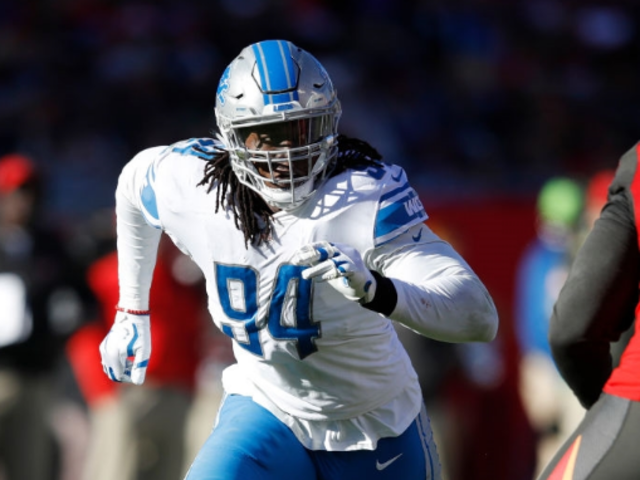 Lions' Ansah signs franchise tag
