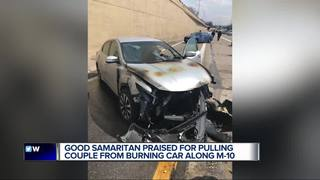 Man to be honored for saving two in burning car