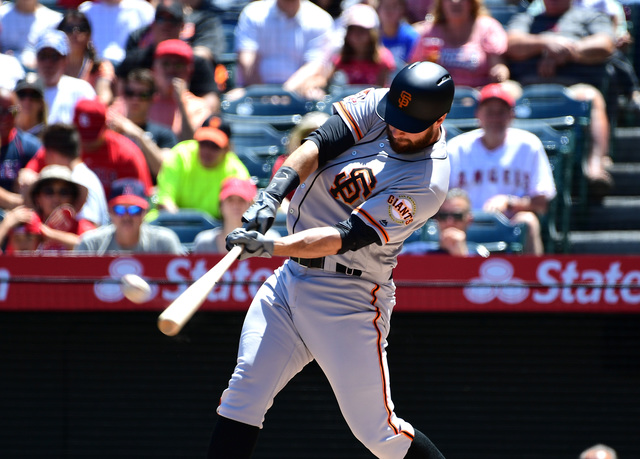 Brandon Belt breaks Major League Baseball all-time record with 21-pitch at-bat