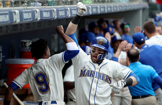 Mariners rally late, beat Tigers in 11 innings