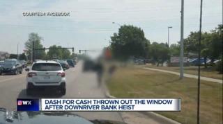 Viral video captures stolen money left in street