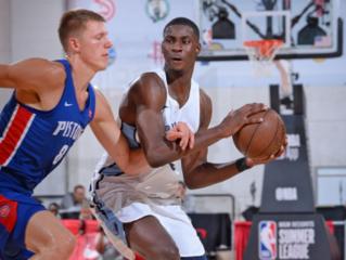 Selden, Jackson lead Grizzlies over Pistons